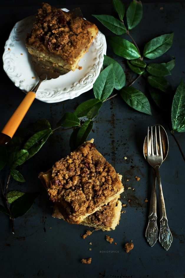Apple Crumble with Pecans
